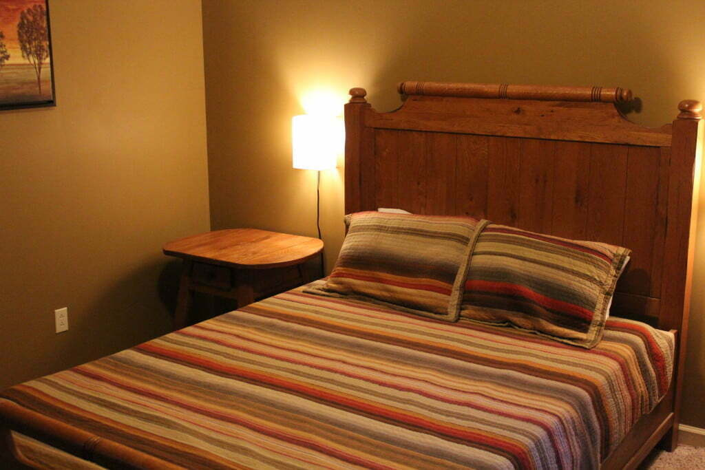 Cottage bed 2